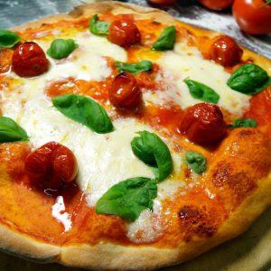 Pizza pomodorini e mozzarella