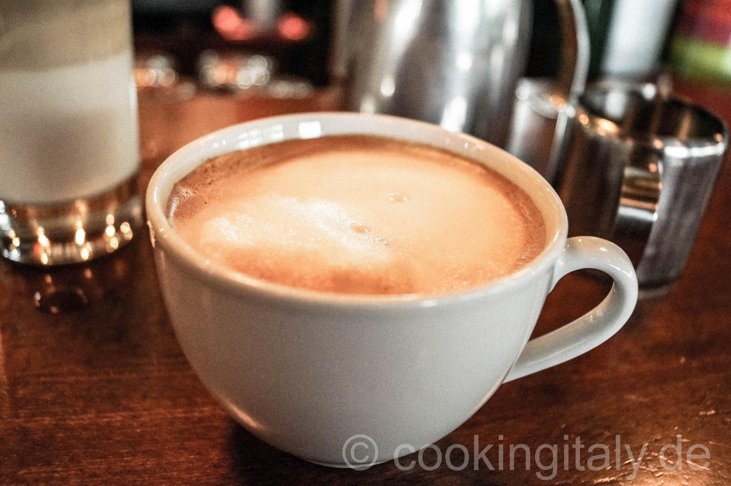 espresso cappuccino latte macchiato und co cooking italy. Black Bedroom Furniture Sets. Home Design Ideas